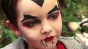 Maquillaje o pintacaras infantil para Halloween