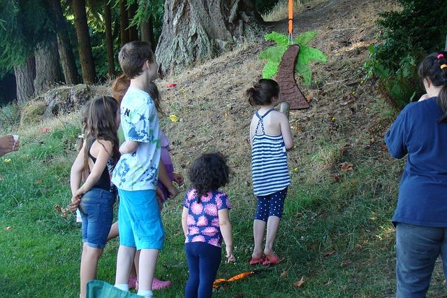 Juegos didácticos de coordinación para cumpleaños infantil